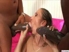 Mahlia Milian gives her boyfriend the best blowjob in his life